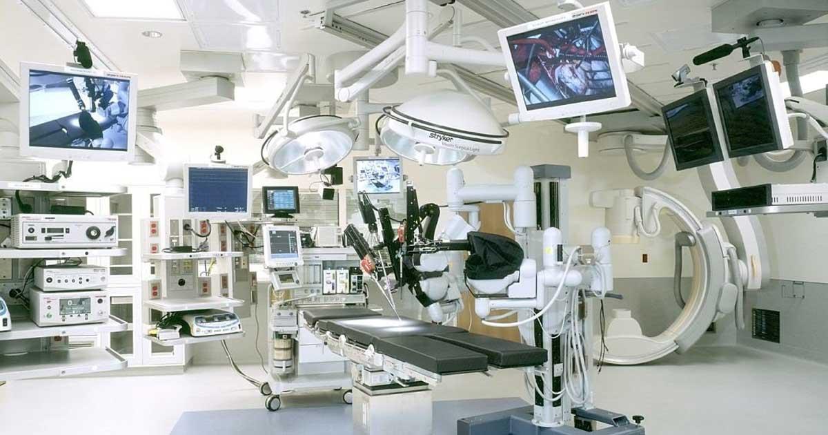 10 equipos y accesorios necesarios en una sala de cirugía
