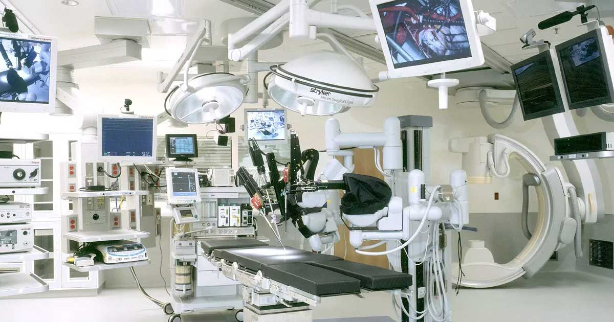 Óptima selección de equipos para hospitales y sistemas de ingeniería