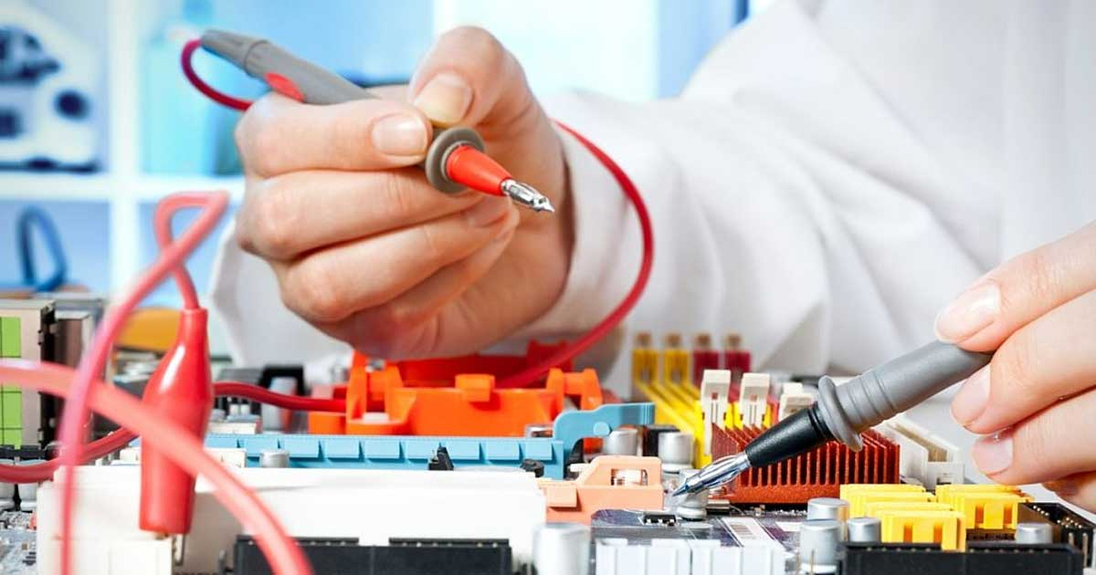 ¿Reciclar o adquirir equipos nuevos para hospitales?